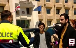 ახალგაზრდა ლეიბორისტები არჩევნების შედეგების გაპროტესტებისას დააკავეს